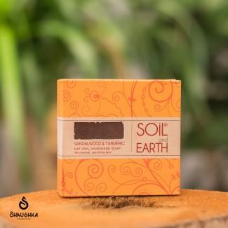 ORIENTALNE RĘCZNIE WYKONANE MYDŁO SOIL&EARTH Z SANDAŁOWCEM I KURKUMĄ